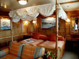 cruise ship cabin sea cloud