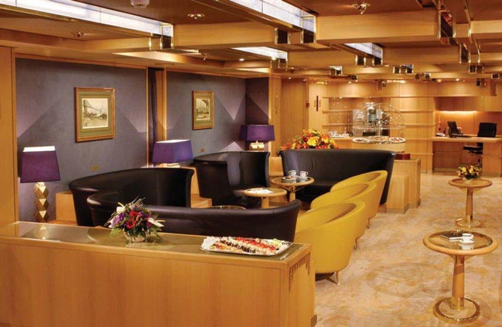 penthouse verandah cabin cruise